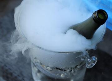 Glace sèche pour refroidir des boissons