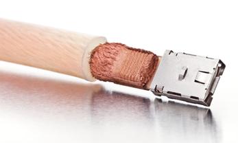 Raccord d'un câble en cuivre avec connecteur