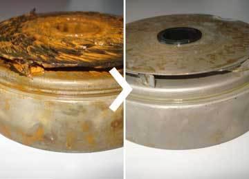 schoepenwiel pomp: voor en na onderdeompeling in ultrasoon reinigingsbad